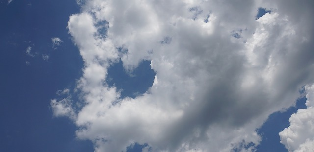 clouds-5257972_1280.jpg