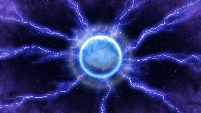 lightning-2295075_1280.jpg