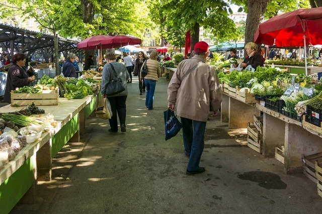 market-1558658_1280.jpg