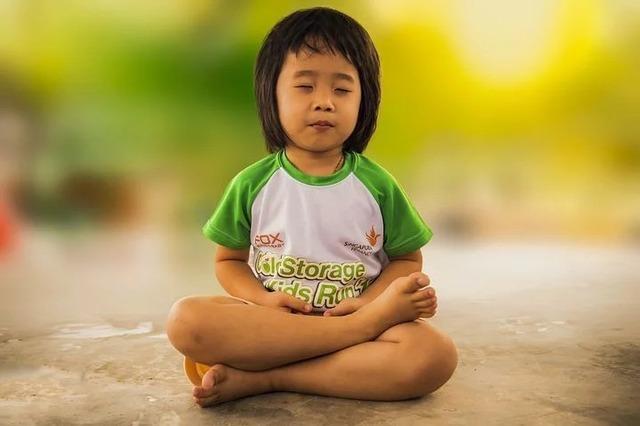 meditating-1894762__480.jpg